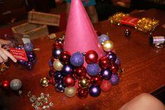 Christmas Craft  DIY Bauble Tree | stay.at.home.life #xmas_present #xmas_gifts