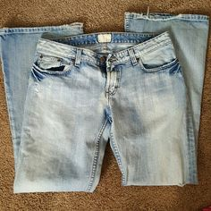 Bke light wash jeans Very cummfy jeans. Has some wear in them. Very small hole in bottom at hem can't be seen. But showed in pictures. Lots of wear left to them. BKE Jeans Flare & Wide Leg
