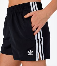 Detail 1 view of Womens adidas Originals Shorts Adidas Outfit Adidas Detail Originals Shorts view Womens Sporty Outfits, Athletic Outfits, Summer Outfits, Fashion Outfits, Fashion Shorts, Adidas Soccer Shorts, Sport Shorts, Women's Shorts, Dance Outfit
