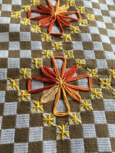 Hand Embroidery Flowers, Diy Embroidery, Embroidery Stitches, Embroidery Patterns, Cross Stitch Patterns, Quilt Patterns, Chicken Scratch Embroidery, Brazilian Embroidery, Japanese Embroidery