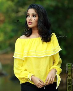 Anikha Surendran photoshoot stills by Sreekkuttan Sree photography. Malayalam actress Anikha Surendran latest photoshoot stills. Indian Actress Photos, South Indian Actress, Indian Actresses, South Actress, Beautiful Girl Indian, Most Beautiful Indian Actress, Stylish Girls Photos, Girl Photos, Hd Photos