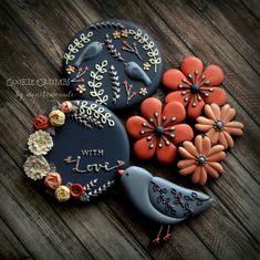"""2,155 Likes, 50 Comments - Mintlemonade's Cookies (@mintlemonadescookies) on Instagram: """"Flowers and birds. ブログにてプレゼント企画をやっています。…"""""""