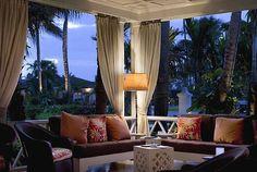 Veranda - Design by Tom Scheerer for Lyford Cay Club, Bahama Outdoor Retreat, Indoor Outdoor Living, Outdoor Rooms, Outdoor Decor, Outdoor Patios, Outdoor Areas, Outdoor Furniture, Porch Curtains, Villa