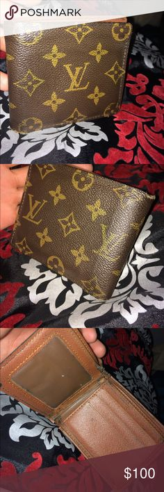 Louis Vuitton wallet OBO Used men's Louis Vuitton wallet OBO Louis Vuitton Accessories