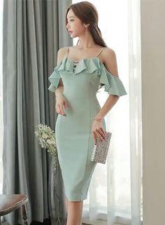 - Her Crochet Elegant Outfit, Elegant Dresses, Pretty Dresses, Beautiful Dresses, Casual Dresses, Short Dresses, Formal Dresses, Cute Skirt Outfits, Classy Outfits