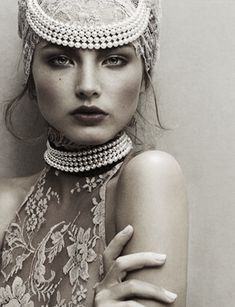 "Pearls / Ruslana Korshunova in ""Pearl Perfection"" by Junji Hata 