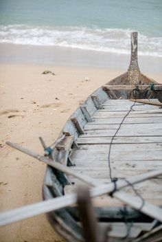 Old Boat | The Pretty Blog