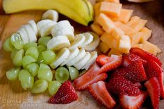 Sempre que te bater uma vontade louca de comer um doce, opte por uma fruta. É muito mais saudável! www.vitalbox.com.br #diet #healthy #dieta