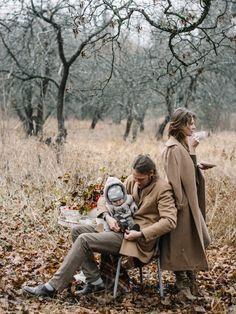 57 super ideas for photography ideas fall kids Autumn Photography, Couple Photography, Photography Poses, Lifestyle Photography, Photography Outfits, Foto Baby, Autumn Cozy, Fall Family, Fall Photos