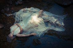 Fabio-Interra-FabioInterraPhotography-Corinna-Luce-The-Memory-of-the-Waters.jpg (1500×1000)