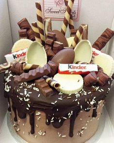 Forget about your boring old chocolate cake; we have awesome ideas for birthday cakes for grown ups here! Forget about your boring old chocolate cake; we have awesome ideas for birthday cakes for grown ups here! Unique Birthday Cakes, Crazy Birthday Cakes, 18th Birthday Cake For Girls, Sweet Birthday Cake, Happy Birthday, Crazy Cakes, Birthday Cake Decorating, Drip Cakes, Love Cake