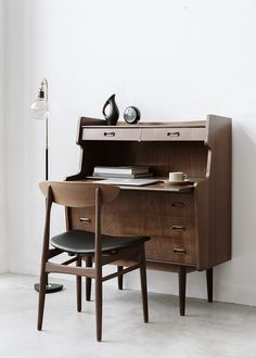 Featuring raised edges on top, two pull out drawers, pull out desk and three pull out drawers for additional storage space. Denmark Furniture, Apartment Hunting, Pull Out Drawers, Apartment Furniture, Mid Century Modern Furniture, Danish, Storage Spaces, Office Desk, Teak