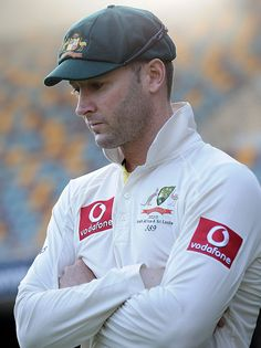 Michael Clarke reflects on what might have been at Woolloongabba. Icc Cricket, Cricket News, Brett Lee, Ricky Ponting, Ab De Villiers, Preppy Men, Sports Activities, Sports Stars, Sport Man