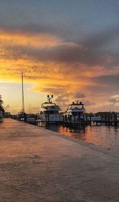 The beauty of Bahamian skies - Bay Street Marina, Nassau Bahamas Resorts, Bahamas Vacation, Places Around The World, Travel Around The World, Around The Worlds, Paradise Island, Island Life, New Providence Bahamas, Bahamas Island