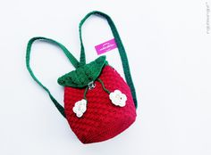 Crochet Strawberry Backpack bag / tas rajut ransel strawberry by rajutmerajut.com