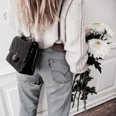 Fashion Pinterest // carriefiter // 90s fashion street wear street style photography style hipster vintage design landscape illustration food diy art lol style lifestyle decor street stylevintage television tech science sports prose portraits poetry nail