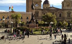 Millions of pigeons in the square where Latins stood up against Spanish conquistadores for the first time!  #history #bolivia #spain