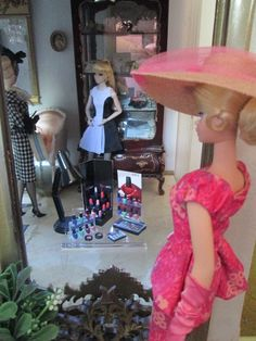 LaBelle's window display