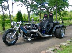 Custom Trike Shop { specializing in custom V8 trikes }