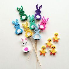 Easter ornaments perler beads by annaidag Perler Bead Templates, Diy Perler Beads, Perler Bead Art, Hama Beads Kawaii, Melty Bead Patterns, Hama Beads Patterns, Beading Patterns, Hama Beads Design, Iron Beads