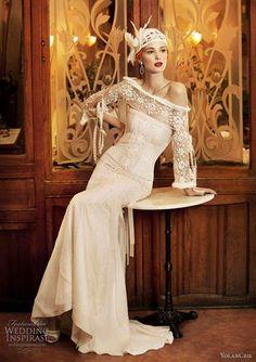 LOVE this vintage dress