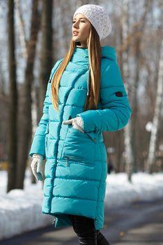Прямое женское зимнее пальто с удлиненной спинкой цвета мята  продажа 8e812a18023e6