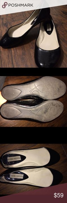 Steve Madden black patent leather flats Look worn on heel but that's just the way they are made. Size 8 and in excellent condition. Very comfortable Steve Madden Shoes Flats & Loafers