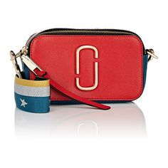 Marc Jacobs Women's Snapshot Crossbody Bag (16.825 RUB) ❤ liked on Polyvore featuring bags, handbags, shoulder bags, red, red purse, shoulder strap handbags, marc jacobs purse, color block purses and color block handbag