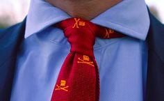 trashnessx:    Trashness Skull Knit Tie