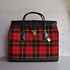 This year I am plaid obsessed. I don& own this one but I have a purple plaid purse from JCPenny American Living Brand. Scottish Plaid, Scottish Tartans, Plaid Purse, Tartan Plaid, Wallace Tartan, Tartan Fashion, Mk Bags, Fashion Bags, Fashion Clothes