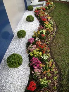 stone and flower border design