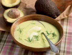 Warme Avocadosuppe