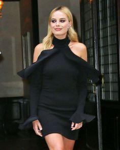 Margot Robbie at Tonight Show Starring Jimmy Fallon in New York #Margot #Robbie #Tonight #Show #Jimmy #Fallon #New #York
