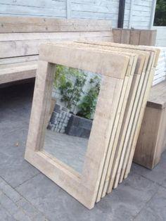 ≥ Stoere spiegels op maat van oud gebruikt steigerhout