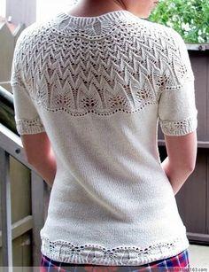 Пуловер на круглой кокетке