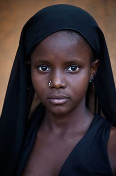 Africa: Portrait of a young girl from Goa, Mali