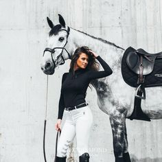 The most important role of equestrian clothing is for security Although horses can be trained they can be unforeseeable when provoked. Riders are susceptible while riding and handling horses, espec… Equestrian Chic, Equestrian Outfits, Equestrian Fashion, Horse Love, Horse Girl, Dressage, Horse Fashion, English Riding, English Horseback Riding