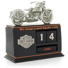 Hallmark DAV1409 Harley Davidson Perpetual Calendar Hallmark http://www.amazon.com/dp/B00KFQW1QA/ref=cm_sw_r_pi_dp_cXbhwb1QZGT91