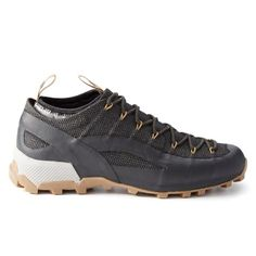 ffd4cd7a983 Unico Kevlar Hiker outdoor footwear that combines that support of a hiking  boot with the agility