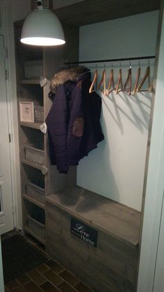 Wardrobe / storage box made of wood for scaffolding