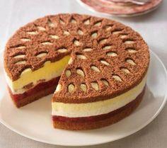 Eierlikör-Kirsch-Torte - New Ideas Sweet Pumpkin Recipes, German Cake, Cherry Cake, No Cook Desserts, Dessert Drinks, Sweet Cakes, Yummy Appetizers, Cakes And More, Tasty Dishes