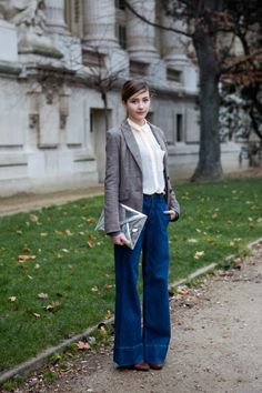 Paris street style - Student Kamel shows off her academic side.  *Photographed by The Locals: http://thelocals.dk/