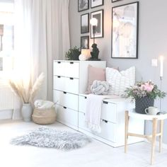 Home Inspiration cozy teen girl bedroom design trends for 2019 00003 Girl Bedroom Designs, Girls Bedroom, Bedroom Decor, Colourful Living Room, Home Office Space, Home Accents, My Room, Decoration, Room Inspiration