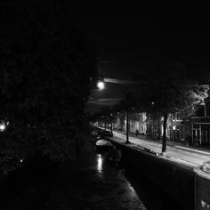 Moon over Haarlem #haarlem #blackandwhite #night