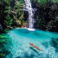 Location: @dagavei relaxing at Cachoeira Santa Bárbara - Chapada dos Veadeiros, Brasil. Photo Credit: @marcioenrique