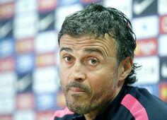 Com Douglas fora por decisão técnica, Barça divulga lista para pegar o City #globoesporte