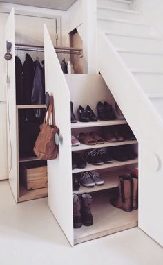 Under Stairs Shoe Storage Ideas Elegant Color Design Pic 95 - Stairs Design Idea. Under Stairs Shoe Storage Ideas Elegant Color Design Pic 95 - Stairs Design Ideas hallway ideas Staircase Storage, Shoe Storage Under Stairs, Closet Under Stairs, Staircase Drawers, Hallway Storage, Cupboard Under The Stairs, Basement Storage, Basement Stairs, Stairs With Drawers