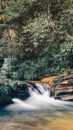 Conheça Pirenópolis, cidade histórica cercada de cachoeiras em Goiás! Clique para ler.   #background #pirenopolis #papeldeparede #natureza