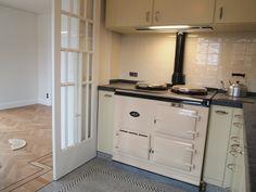 Knokke-delbeke-15573 Kitchen Cabinets, Retro, Home Decor, Neo Traditional, Rustic, Interior Design, Retro Illustration, Home Interior Design, Dressers