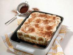 "Our recipe of the day: A Tiramisu recipe from the Weight Watchers cookbook ""Italian classics"". Dessert Ww, Ww Desserts, Healthy Desserts, Dessert Recipes, Weight Watchers Cake, Weigh Watchers, Weight Watchers Desserts, Ww Recipes, Sweet Recipes"